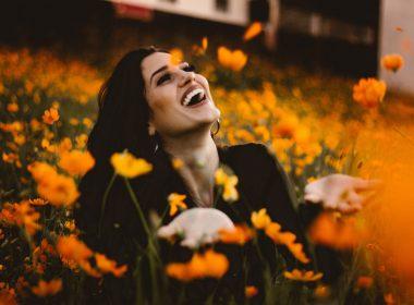 vrouw-blij