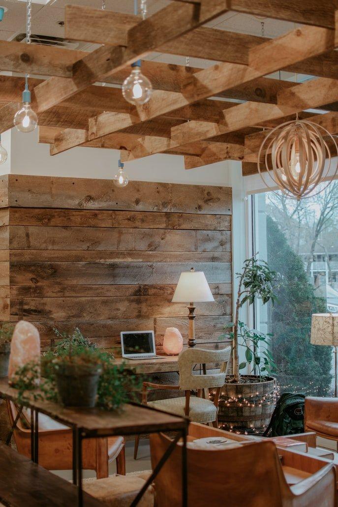 werkkamer-hout-bureau